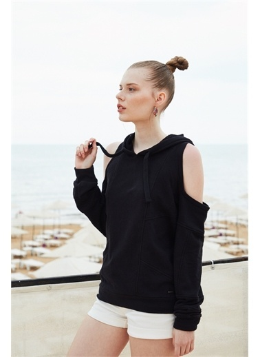 Latin Quarter Omuz Detaylı Kapüşonlu Regular Fit Sweatshirt Siyah